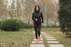 爱运动,轻松跑——LP 透气款AIR系列女子长裤测评