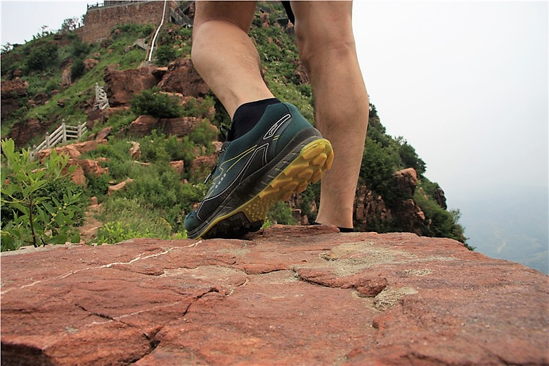 山脊之恋-ECCO BIOM TRAIL FL 健步踪迹灵巧系列 越野跑鞋测试